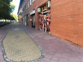 Amplio y práctico local comercial en El Ensanche, Alcalá de Henares photo 0