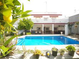 Casa - Chalet en venta en Bollullos Par del Condado de 250 m2 photo 0