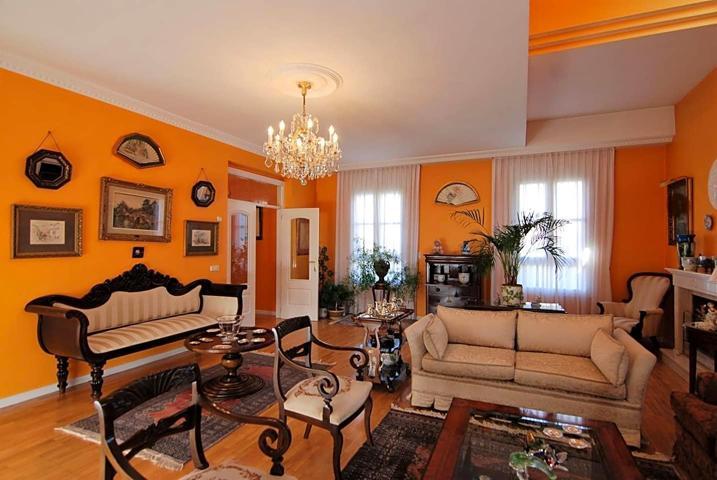 Casa - Chalet en venta en Valladolid de 468 m2 photo 0
