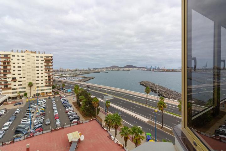 Piso en venta en Las Palmas de Gran Canaria de 149 m2 photo 0
