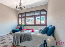 Preciosa vivienda de tres dormitorios con terraza en El Coso photo 0