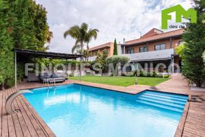 Casa - Chalet en venta en Alella de 465 m2 photo 0