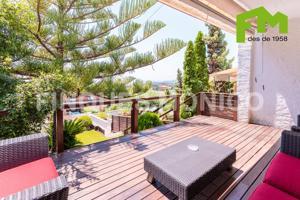 Casa - Chalet en venta en Teià de 193 m2 photo 0