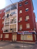 Piso En venta en Calle Ferraz, Alcalá De Henares photo 0