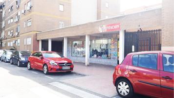 Oportunidad de hacer tu negocio en Reyes Católicos de Alcalá de Henares. 165m2 útiles. photo 0