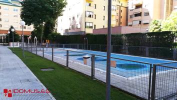Piso en el ensanche de Alcalá de Henares, 4 dorm. y 2 baños con piscina, plaza de garaje y trastero. photo 0