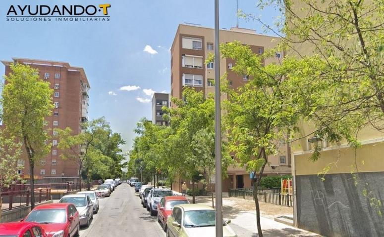Pisos Y Casas A La Venta En Avenida De La Verbena De La Paloma