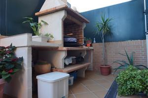Casa En venta en Calle Sueca, Paterna photo 0