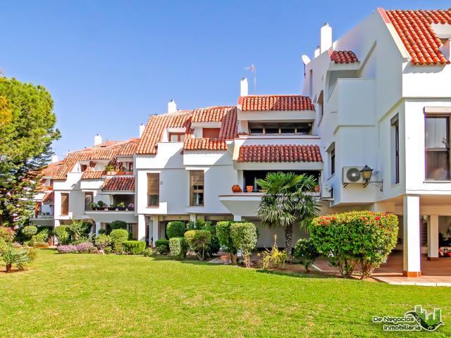 Vivienda de lujo, 235 m2 construidos, en Santa Clara, Sevilla photo 0