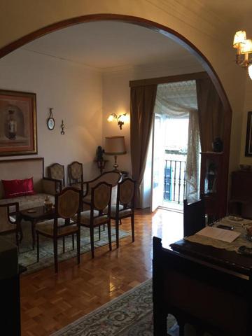 Piso en venta en Santiago de Compostela de 236 m2 photo 0