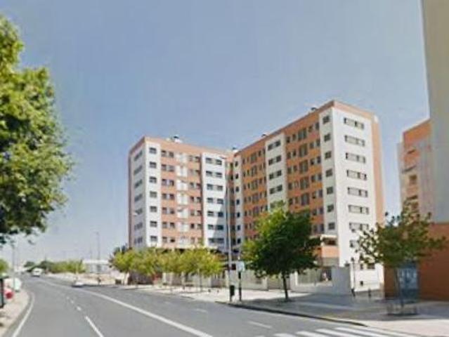 Piso en venta en Huelva de 101 m2 photo 0