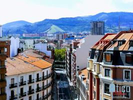 ÁTICO en venta, de 2h. exterior en Bilbao, reformado con camarote de 8 m2 y ascensor a cota cero, en Castaños - Tívoli, junto a servicios, supermercado, funicular , metro linea 3 y bus photo 0
