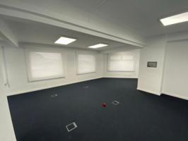 Oficinas reformadas a estrenar con 6 pk. en parque empresarial photo 0