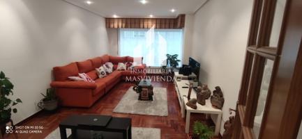 Piso en venta en Ponteareas, con 95 m2, 3 habitaciones y 2 baños, Garaje, Trastero y Ascensor. photo 0