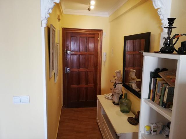 Piso muy luminoso. 72m²,3 habitaciones,1 baño, cocina independiente, salón comedor,terraza acristalada. photo 0