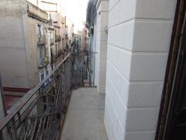 Piso En venta en Calle Sant Blai, Tortosa photo 0