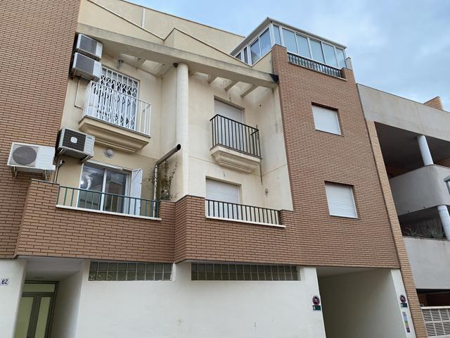 Piso En venta en Calle Mosto, 30, Almería Capital photo 0