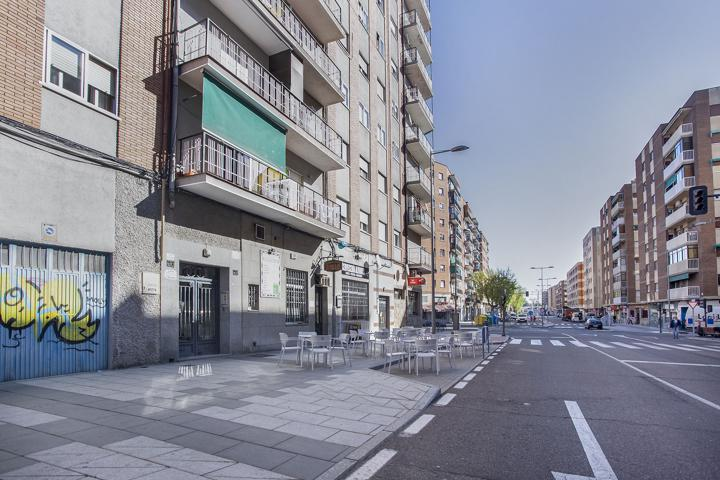 Piso En venta en Calle El Greco, Salamanca Capital photo 0
