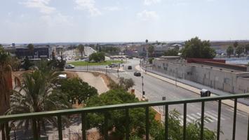Piso en zona El Juncal photo 0