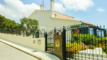 Villa En venta en Santa Susanna photo 0