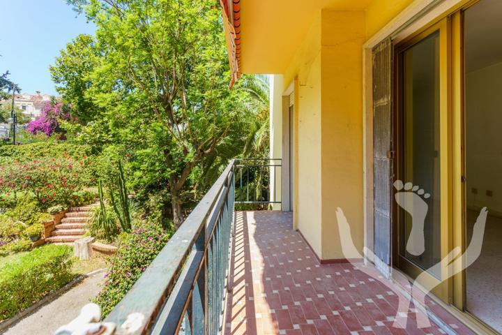 Presentamos esta propiedad en una de las zonas más exclusivas de Málaga: El Limonar.  photo 0