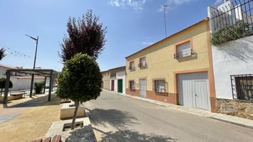 Casa En venta en Calle Juan Francisco Sahuquillo, 58, El Provencio photo 0