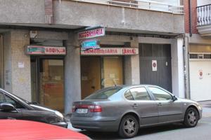 Local Com. en alquiler en Centro, 3 despachos. photo 0