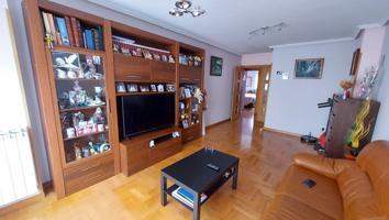 Apartamento en venta en Trobajo del Camino, 2 dormitorios. photo 0