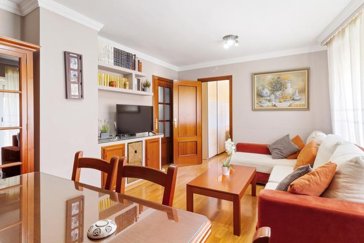 Una vivienda a la que llamar hogar: dúplex de 3 dormitorios con garaje en Capuchinos photo 0