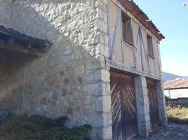 Casa - Chalet en venta en Navafría de 300 m2 photo 0