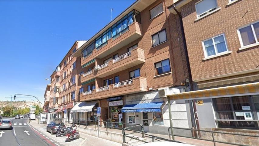 Piso En venta en Avenida Vía Roma, Segovia Capital photo 0