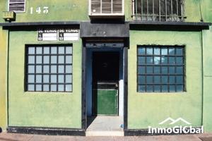 Local Comercial en venta en Alcalá De Henares, con 58 m2, 1 Aseos, Cocina y Salida de Humos. Ideal para inversores. Zona comercial. Con parking en superficie. photo 0