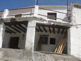 Casa - Chalet en venta en Ugíjar de 184 m2 photo 0
