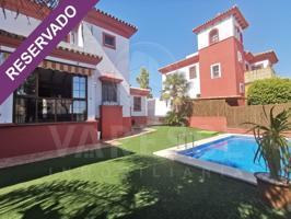 Villa En alquiler en Espartinas photo 0