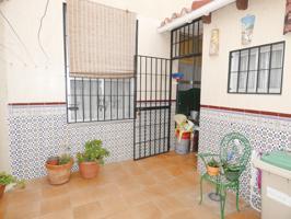 Casa En venta en Conde De Ureña - Monte Gibralfaro, Málaga Capital photo 0