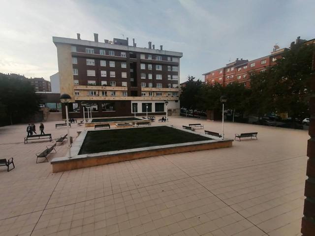 Apartamento y Trastero amplio en venta en Montevil. Junto al CC El Corte Ingles photo 0
