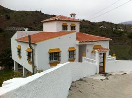Villa En venta en El Borge photo 0