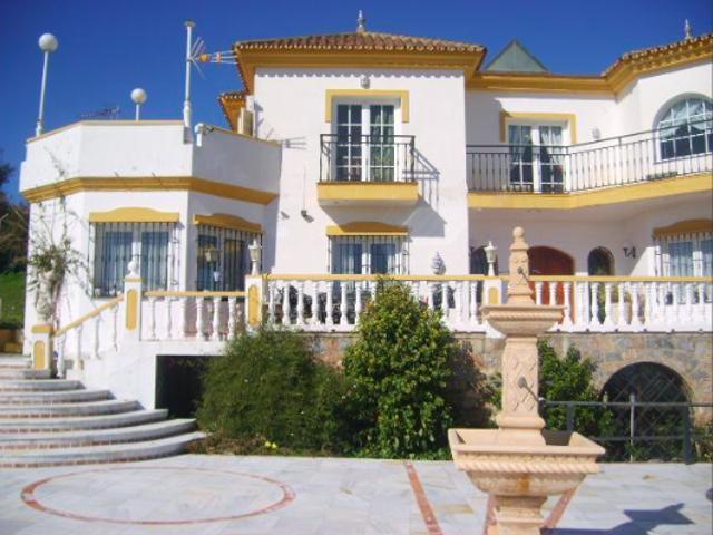 Casa - Chalet en venta en Málaga de 550 m2 photo 0
