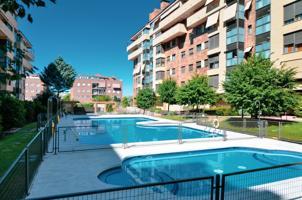 Impresionante vivienda en Av. Pablo Iglesias photo 0