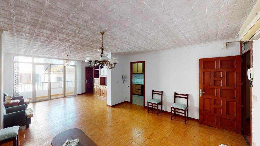 Espacioso piso a la venta en Felanitx listo para entrar a vivir de 4 habitaciones. photo 0