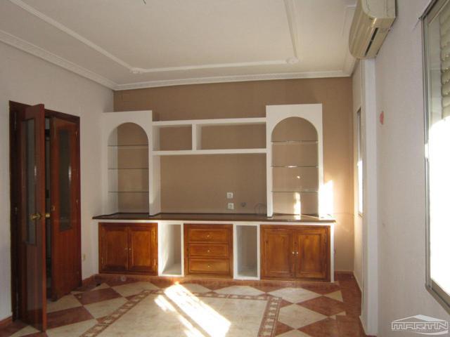Piso en venta en Priego de Córdoba de 119 m2 photo 0