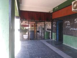 Local en venta en Alcalá de Henares de 80 m2 photo 0