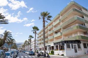 Fantastico apartamento en primera linea de playa en La Herradura photo 0