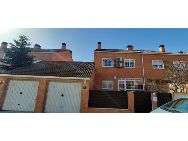 Casa En venta en Alovera photo 0
