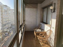 Piso en venta en Zona Praza España-Casablanca photo 0
