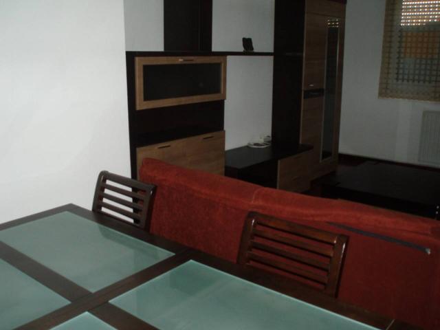 Piso en venta en Residencia-Abella photo 0