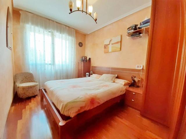 Apartamento en venta en Lakua-Arriaga photo 0
