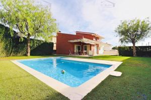 Magnífica casa en Alella centro photo 0
