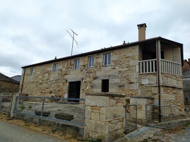 Casa de piedra en Ousá photo 0