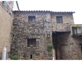 Casa en venta en Santa Pau photo 0